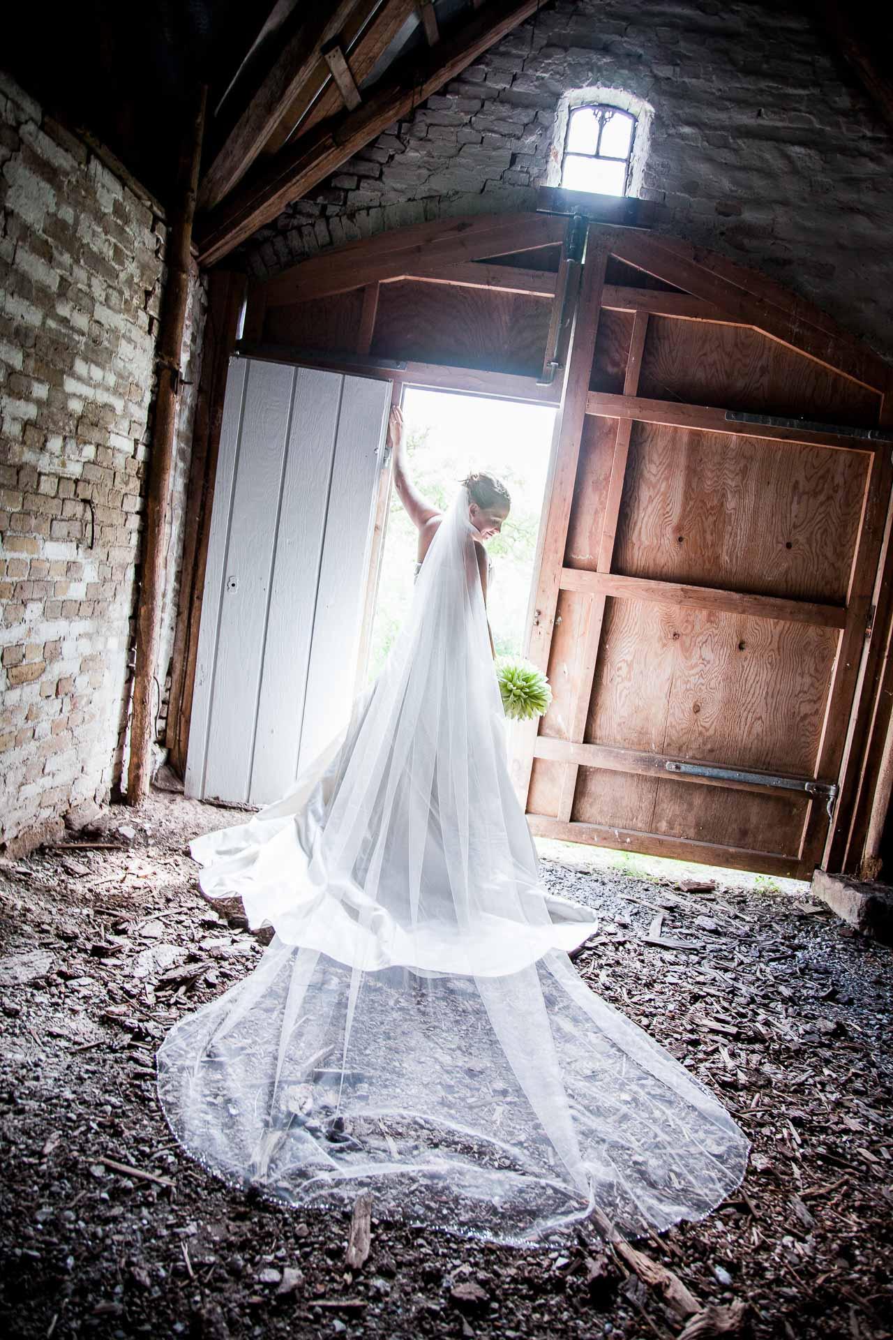 Få booket bryllupsfotografen til jeres bryllup i god tid